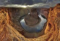sunset in canyon 20074000081| 写真素材・ストックフォト・画像・イラスト素材|アマナイメージズ