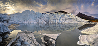 glacier mirroring 20074000099  写真素材・ストックフォト・画像・イラスト素材 アマナイメージズ
