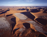 sand dunes from the air 20074000198| 写真素材・ストックフォト・画像・イラスト素材|アマナイメージズ