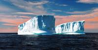 iceberg 20074000437| 写真素材・ストックフォト・画像・イラスト素材|アマナイメージズ