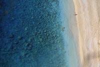 Aerial view of beach at Lycia, Turkey 20085004420| 写真素材・ストックフォト・画像・イラスト素材|アマナイメージズ
