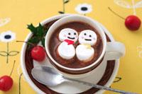 雪だるまホットチョコレート 21002000388| 写真素材・ストックフォト・画像・イラスト素材|アマナイメージズ