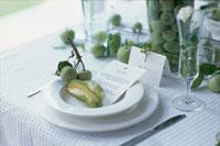 皿の上のフルーツ 21006000326A| 写真素材・ストックフォト・画像・イラスト素材|アマナイメージズ