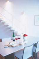 赤ワインのあるテーブル