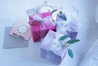 プレゼントとメッセージカード