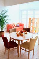 リビングテーブル 21014000652| 写真素材・ストックフォト・画像・イラスト素材|アマナイメージズ