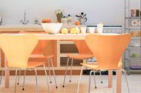 キッチンとテーブル