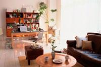 ソファのあるオフィス