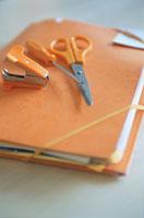 オレンジ色の文具