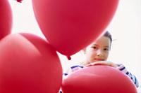 赤い風船と少女