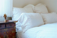ベッド 21044000483| 写真素材・ストックフォト・画像・イラスト素材|アマナイメージズ