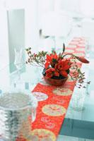 赤い花のアレンジメント