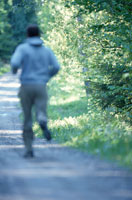 ジョギングする男性 21069000022| 写真素材・ストックフォト・画像・イラスト素材|アマナイメージズ