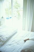 ベッド 21069000617| 写真素材・ストックフォト・画像・イラスト素材|アマナイメージズ