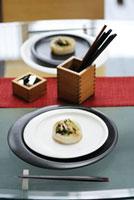 皿の上の大根料理 21090001013| 写真素材・ストックフォト・画像・イラスト素材|アマナイメージズ