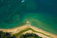 North Shore,Aerial view of coastline 22157010261| 写真素材・ストックフォト・画像・イラスト素材|アマナイメージズ