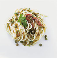 Spaghetti with anchovies and capers