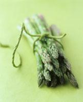 Asparagus Bunch 22199021240| 写真素材・ストックフォト・画像・イラスト素材|アマナイメージズ