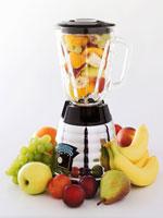 Assorted fruits in a liquidiser 22199022859| 写真素材・ストックフォト・画像・イラスト素材|アマナイメージズ