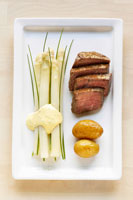Asparagus with chive and fillet steak