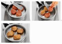 Frying pork medallions 22199035286| 写真素材・ストックフォト・画像・イラスト素材|アマナイメージズ