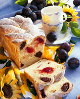 Yeast cake with plum and almond filling