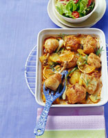 Chicken with oranges and potatoes