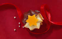 Chocolate-dipped Viennese rosette