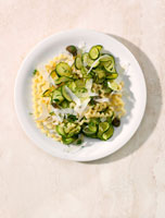 Spiral pasta with courgettes