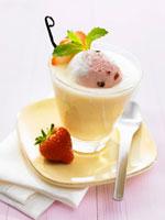 Vanilla milk with strawberry ice cream