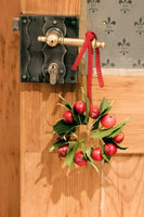 Wreath of holly leaves