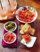Antipasti buffet with Campari cocktails 22199037435| 写真素材・ストックフォト・画像・イラスト素材|アマナイメージズ