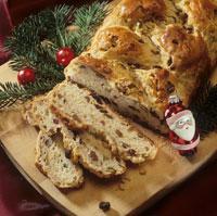 Christmas plait (Raisin bread plait)