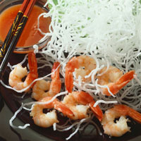 Deep-fried glass noodles with shrimps