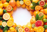 Lots of citrus fruits arranged