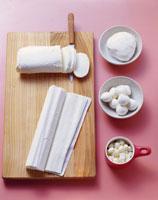 Mozzarella in four different forms 22199044925| 写真素材・ストックフォト・画像・イラスト素材|アマナイメージズ