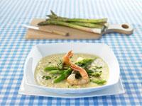 Asparagus soup with prawns 22199045388| 写真素材・ストックフォト・画像・イラスト素材|アマナイメージズ