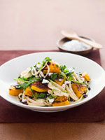 Linguine with pumpkin and rocket