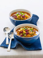 Minestrone in two soup bowls