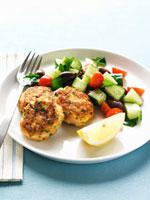 Chicken burgers with cucumber salad
