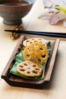 Pickled lotus root slices (Japan) 22199056644| 写真素材・ストックフォト・画像・イラスト素材|アマナイメージズ