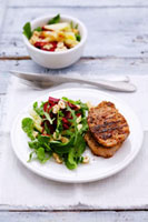 Grilled pork loin with rocket and beetroot salad,apple 22199056674| 写真素材・ストックフォト・画像・イラスト素材|アマナイメージズ