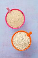 Quinoa and amaranth 22199056748| 写真素材・ストックフォト・画像・イラスト素材|アマナイメージズ
