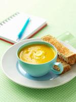 Pumpkin soup with toast 22199056852| 写真素材・ストックフォト・画像・イラスト素材|アマナイメージズ