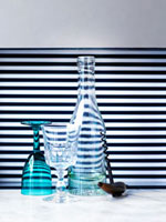 Wine bottle,wine glasses and corkscrew 22199056856| 写真素材・ストックフォト・画像・イラスト素材|アマナイメージズ