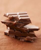 Tower of raisin chocolate 22199056886  写真素材・ストックフォト・画像・イラスト素材 アマナイメージズ