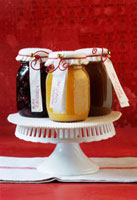 Jam and preserves to give as gifts