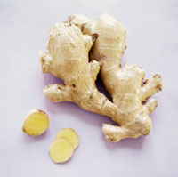 Ginger root,whole and slices