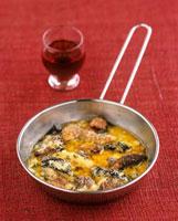 Cassolette forestiere (Cassolette of wild mushrooms,France 22199061089| 写真素材・ストックフォト・画像・イラスト素材|アマナイメージズ