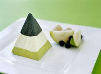 Green tea ice cream with fruit (Asia)
